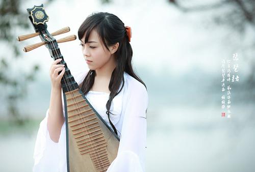 古代美女弹琵琶图片 古代美女手绘图片 弹琵琶图片